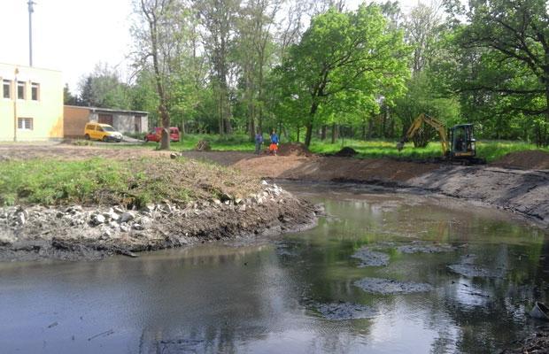 Teich während der Sanierung